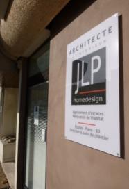 Façade de l'agence JLP Homedesign architecte à Alès dans le Gard.
